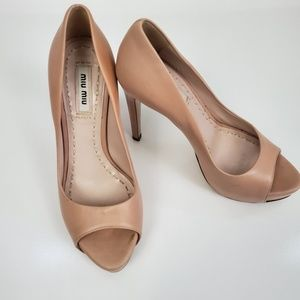 MIU MIU STILETTO LEATHER PEEPTOE TAN HEELS SIZE 36